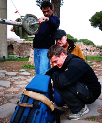 Dokumentarfilm Dreh in Ostia. team am Monitor.